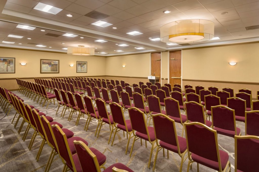 Embassy Suites BWI Meeting Space 1