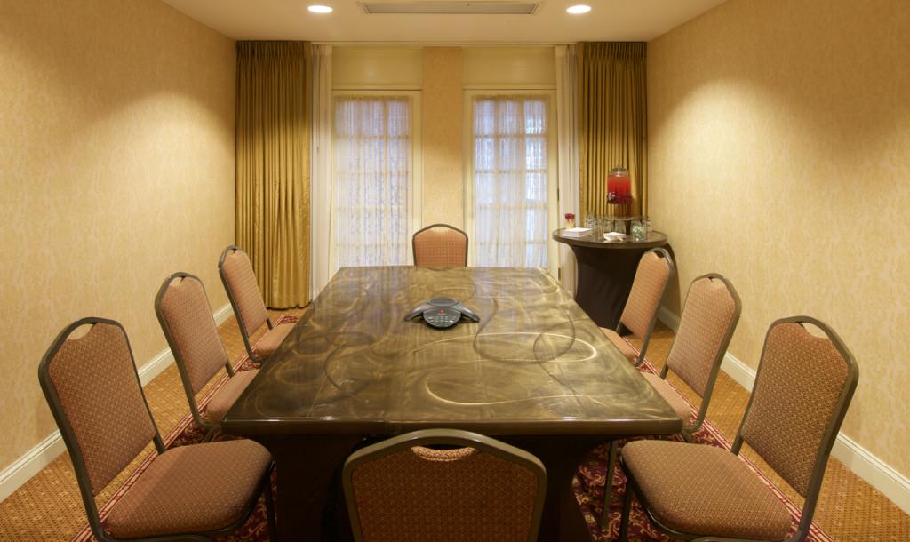 Governor Calvert - Room Set Up
