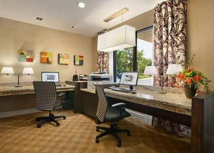 Hampton Inn and Suites Annapolis Business Center