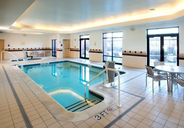 Indoor Swimming Pool Open Year Round (Outdoor Patio in Summer)