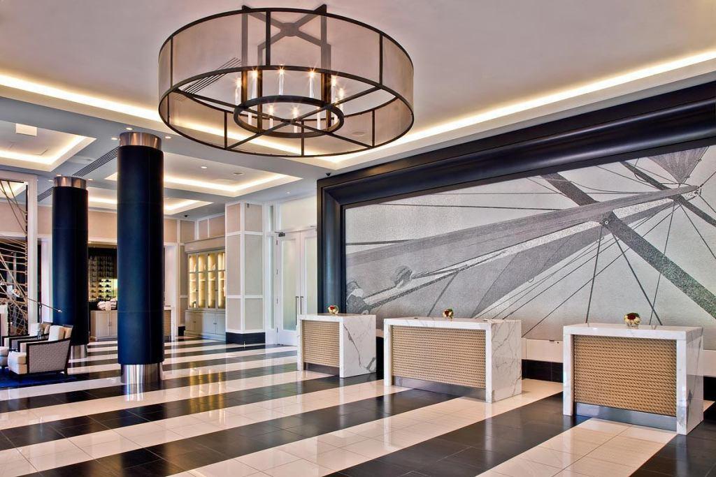 Loews Annapolis Lobby