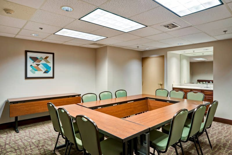 Meeting Room 400 Square feet Board Room