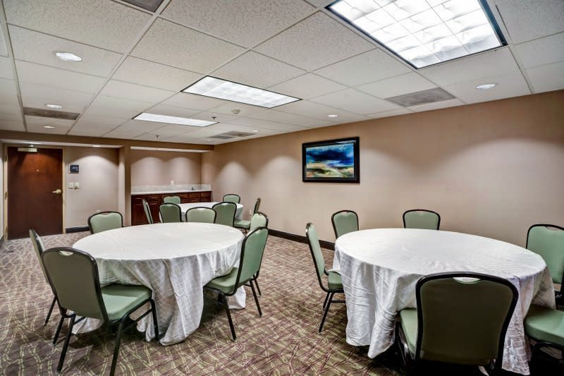 Meeting Room 3 400 square feet Drake Room