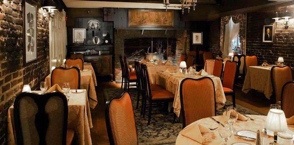 Treaty of Paris Dinning Room