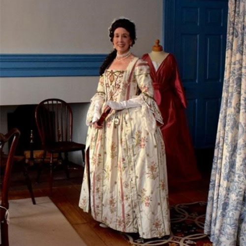 Dressing 18th Century: A Ladies' Afternoon