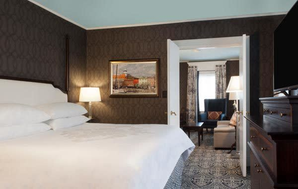 maryland-inn-stay-and-play-room-at-historic-inns-of-annapolis-th