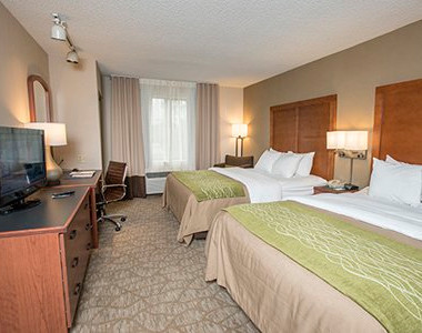 Comfort inn & Suites- bedroom