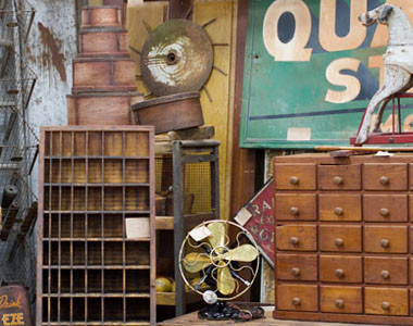 Ohio Valley Antique Mall Interior