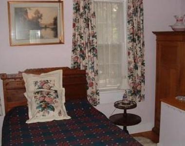 plas Cadnant Bed & Breakfast Bedroom