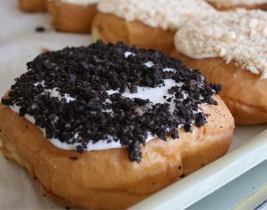 Martins Donuts Oreo