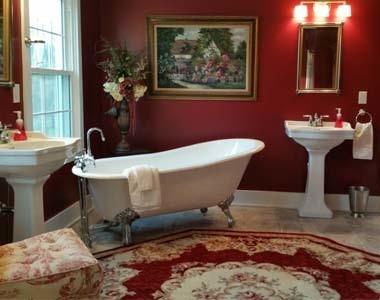 Sycamore Country Inn Bathroom