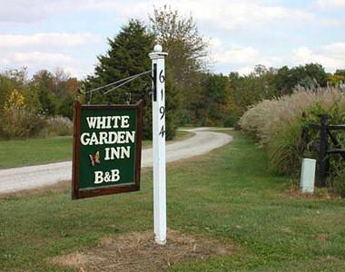 The White Garden Inn Bed & Breakfast Sign