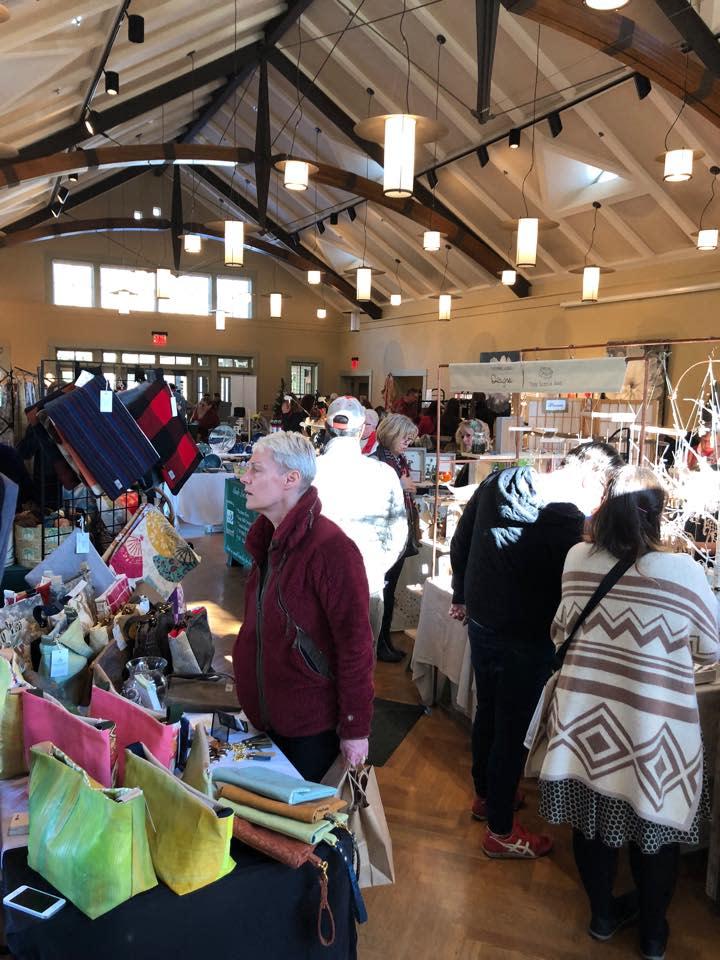 Hudson Valley Art Market Thanksgiving Weekend @ Locust Grove