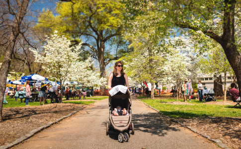 Atlanta-Dogwood-Festival-Mom-Stroller