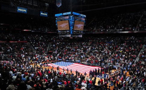 Atlanta-Philips-Arena-Hawks-American-Flag