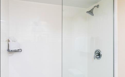 Fairfield-Inn-Suites-Buckhead-Shower