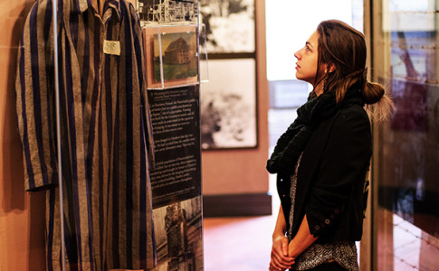 Visitor in Holocaust Exhibition 600x400.jpg