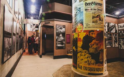 Breman Museum Holocaust Exhibition 3 600x400.jpg