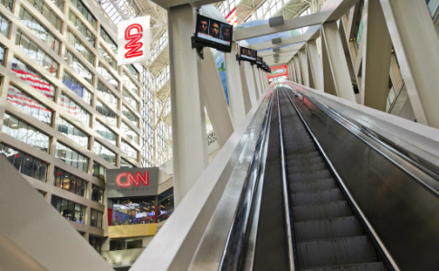 cnn-studio-tours-3-550x367
