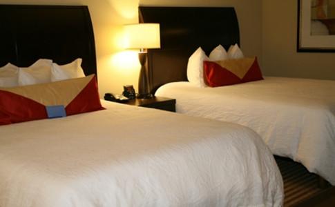 Queen Queen guest room