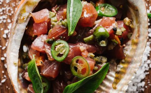 YELLOWFIN TUNA CRUDO jalapeno, pickled peach, olive, preserved lemon-resized