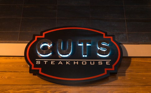 Cuts Steakhouse-0058.jpg