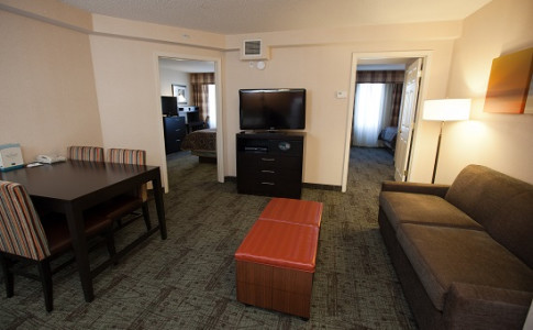 ... Staybridge Suites  Living Room Of 2 Bedroom Suite ...