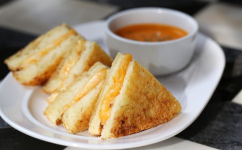 4 Cheese Grilled Cheese and Tomato Soup.jpg