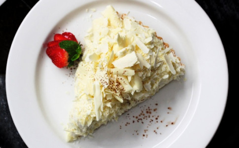 White Chocolate Banana Cream Pie.jpg