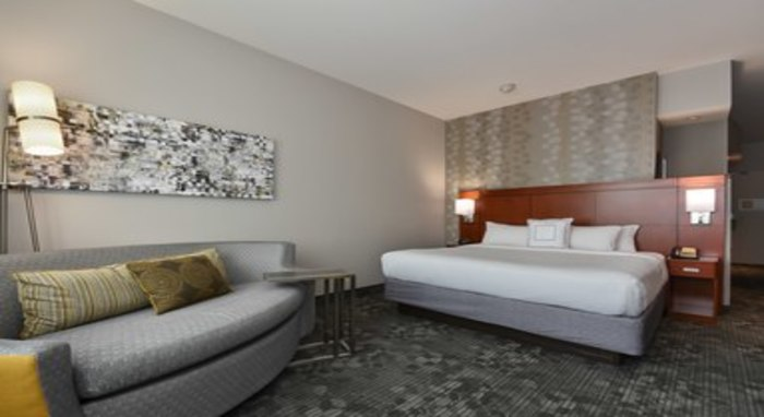 Courtyard by Marriott Charlotte/Concord