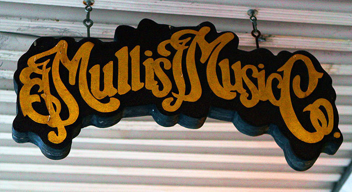 Mullis Music Co.