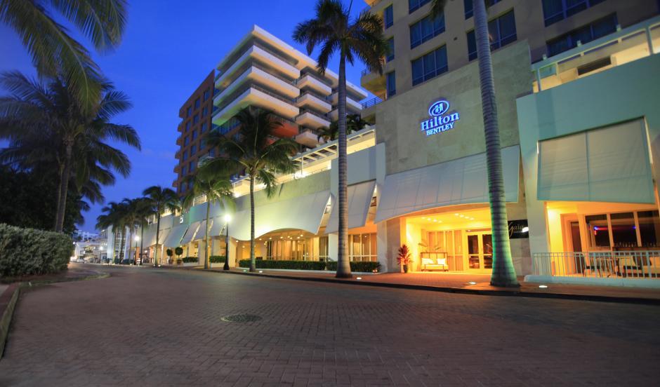 miami hotel fitness amenities hotels fl bentley florida hf hilton south fittoboxsmalldimension beach en miabmhf about center fitnessctr