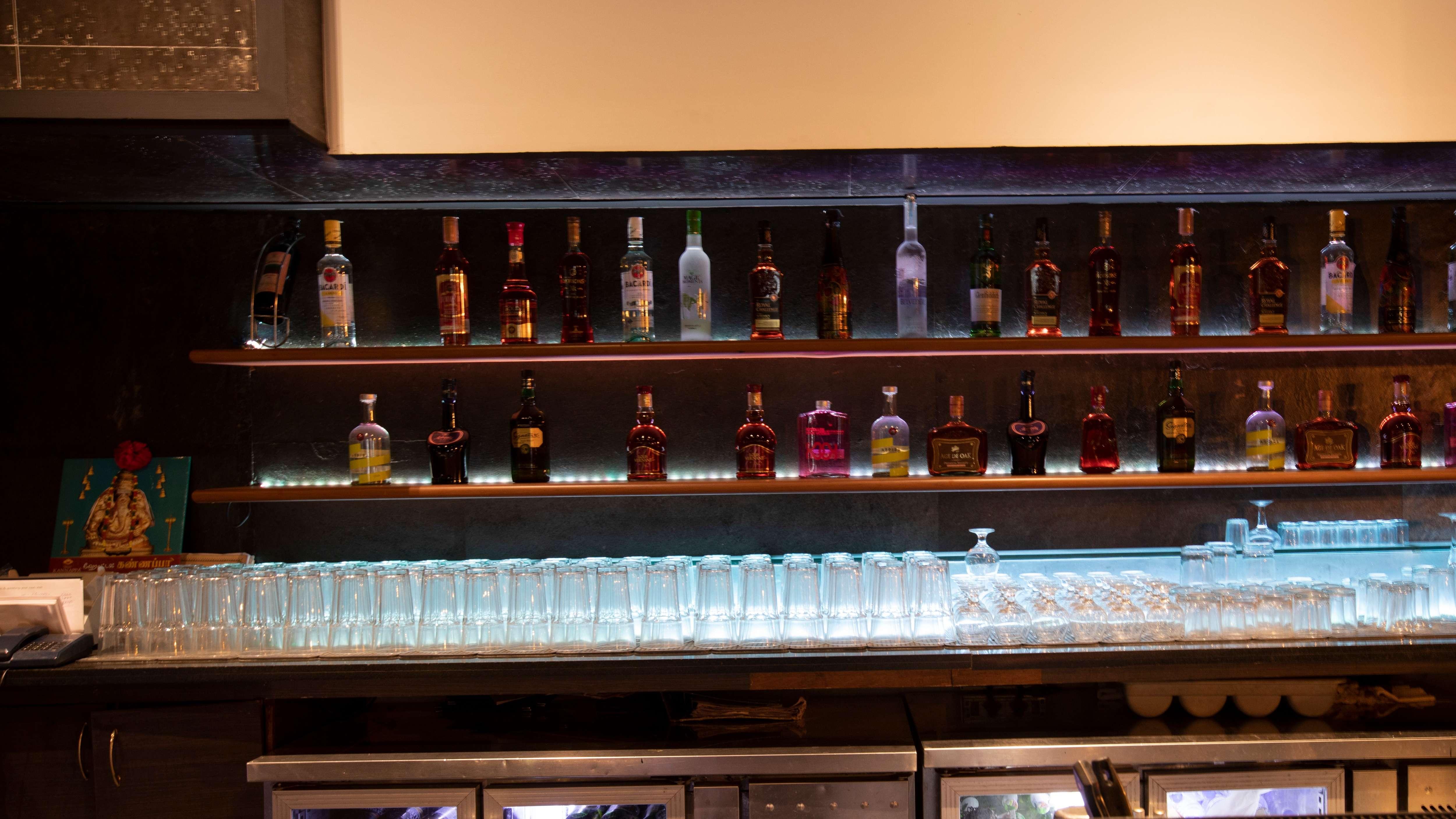 The Cedar House Lounge Bar 14