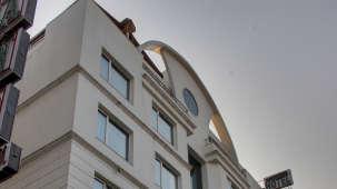 Facade Hotel Godwin Deluxe New Delhi 4
