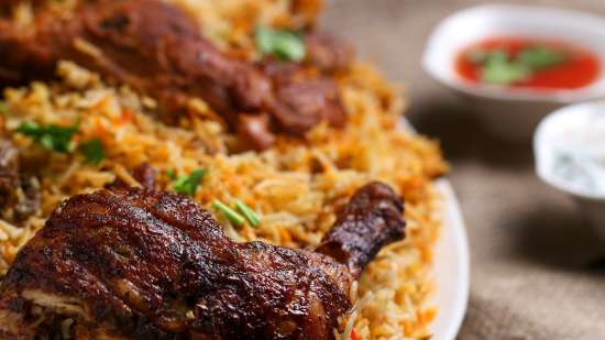plate-of-rice-and-cooked-meat-1624487