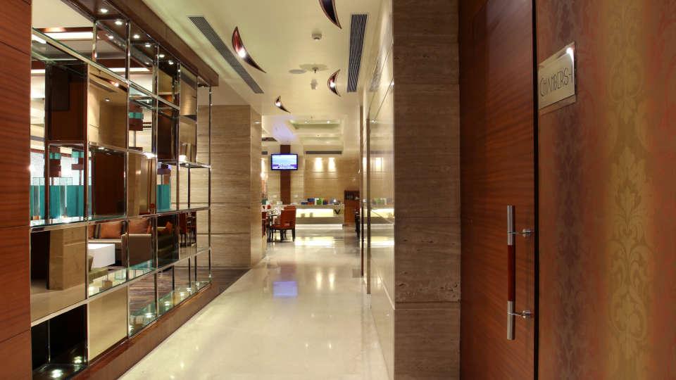 Corridor Mahagun Sarovar Portico Vaishali 1