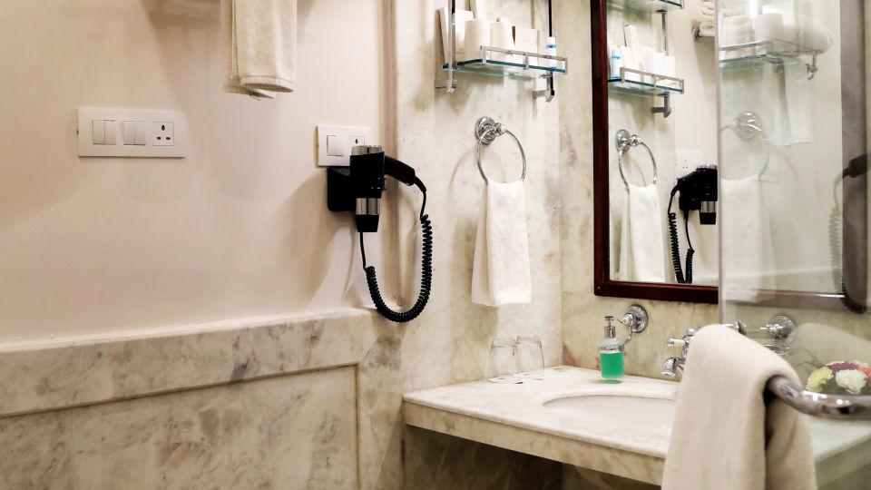 Varuna Burj - Wash Room