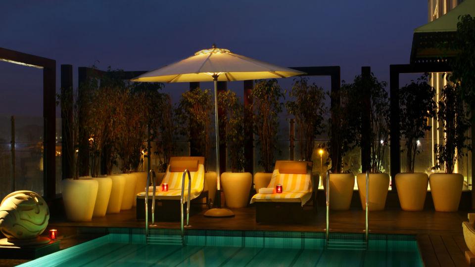 Swimming Pool Park Plaza East Delhi 2