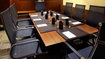 Business Center at Mahagun Sarovar Portico Vaishali, hotels in vaishali 2