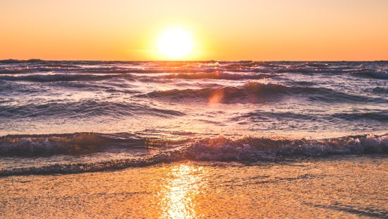 scenic-view-of-ocean-during-sunset-1032650