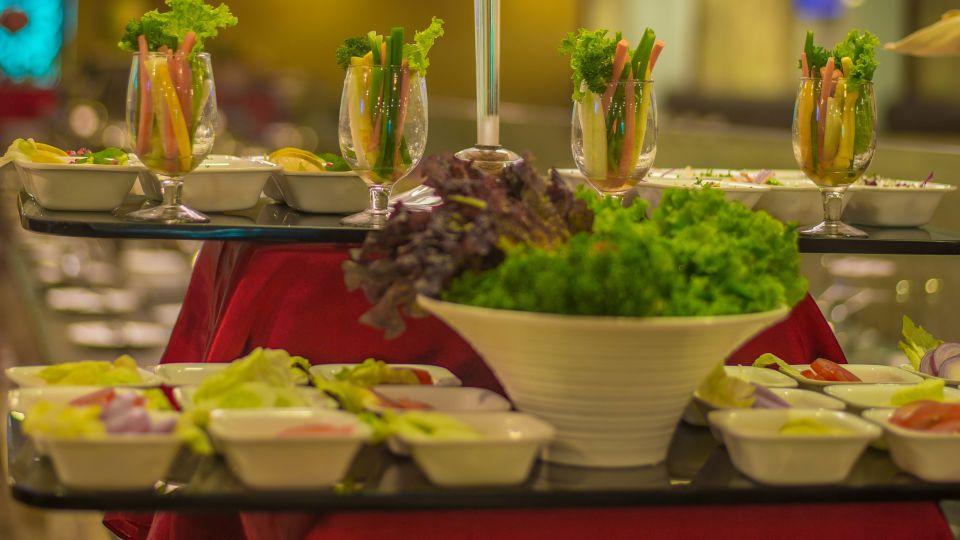 Raj Park Hotel - Chennai Chennai Quintessence Restaurant Raj Park Hotel Alwarpet Chennai 4