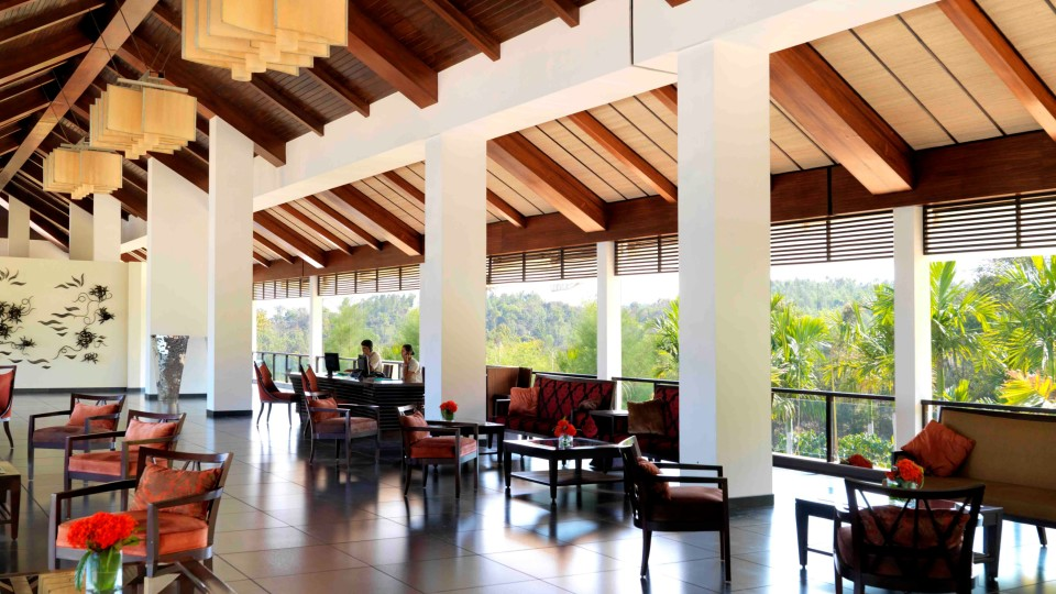 Lobby, Night Dining , Experiences at The Serai Chikmagalur, The Serai Chikmagalur, Honeymoon Resorts in Chikmagalur 7