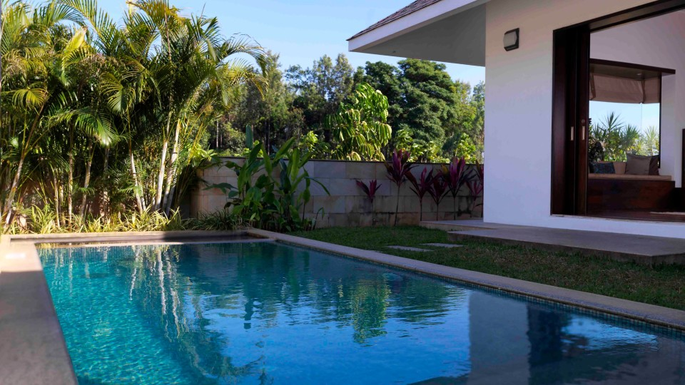 Estate Villa Pool, The Serai Chikmagalur, Stay in Chikmagalur, Luxury Resorts in Chikmagalur 11