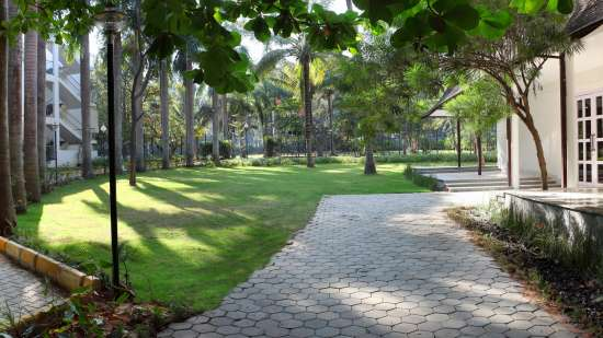 Royalton Leisure Resort Spa Bangalore48 exterior