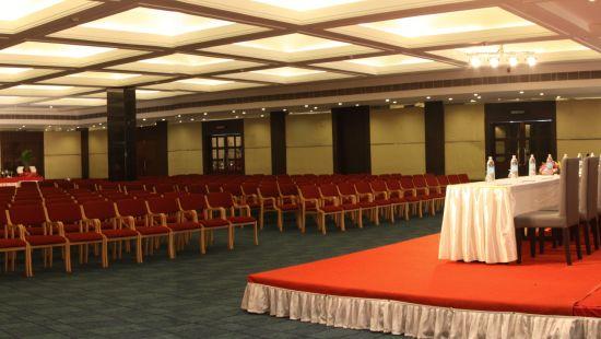 abhi hall at gokulam park and convention centre kochi, confreence halls in kochi 1