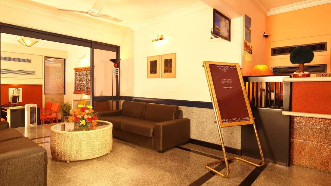 Hotel Reviera Suites Kochi
