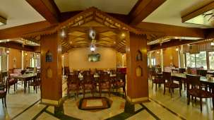 Restaurant at Hotel Vasundhara Palace Rishikesh 4
