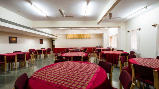 Saiacs CEO center  Hotel SAIACS CEO Centre Bangalore - Gulmohar-Dining hall