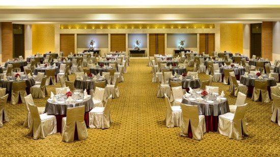 Round Table Setting - Convention at Hotel Daspalla Hyderabad 2