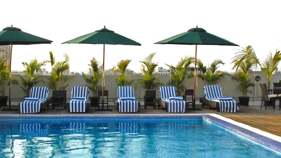 Pool Grand Sarovar Premiere Mumbai 2
